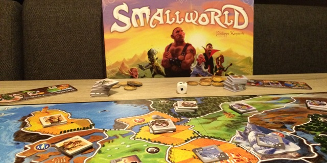 Small World: Tips, Tactiek en Strategie!