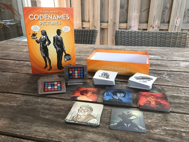Codenames Pictures Spel